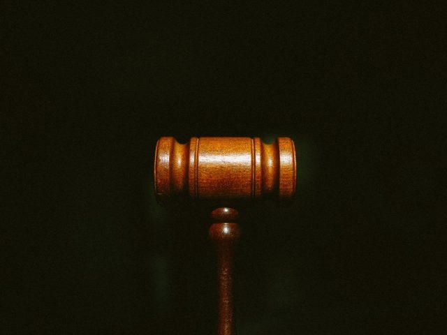 https://ratio-law.com/wp-content/uploads/2021/05/tingey-injury-law-firm-nSpj-Z12lX0-unsplash-1-640x480.jpg